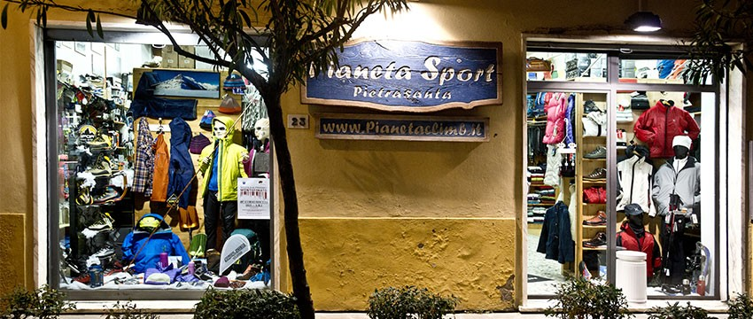 Negozio Abbigliamento Climb sportivo
